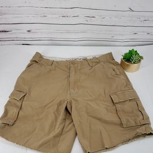 Red Camel Tan Cargo size 36 distressed tie Shorts